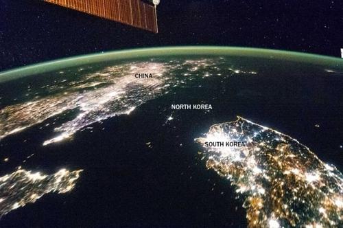 图为美国时事杂志《时代周刊》刊登的照片。(韩联社)