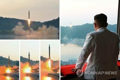 资料图片:金正恩29日指导试射导弹。图片仅限韩国国内使用,严禁转载复制。(韩联社/《劳动新闻》)