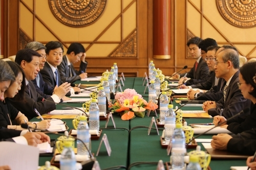 6月20日,在北京,韩中两国举行外交部门高级别战略对话。(韩联社)