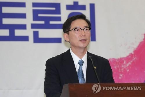 韩国统一部次官千海成 (韩联社)