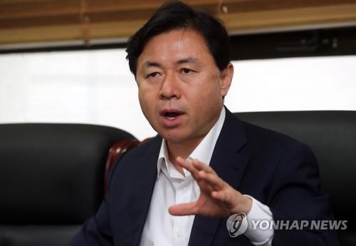 韩国海洋水产部长官金荣春(韩联社)