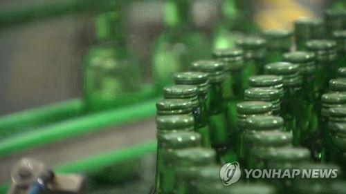 统计:韩国成年人人均每周喝一瓶半烧酒 - 1