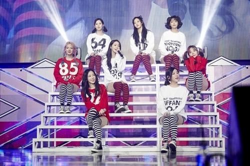 少女时代出道10周年粉丝见面会现场照(SM娱乐提供)