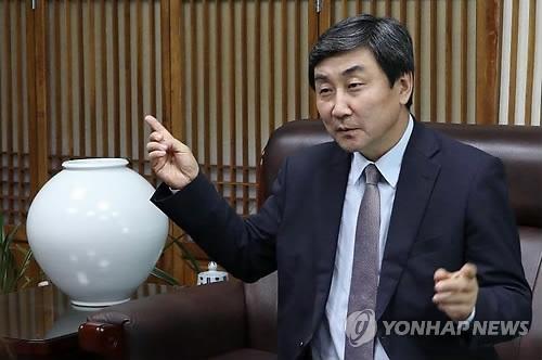 韩中文化协会长:韩中风雨廿五载应共绘合作新蓝图