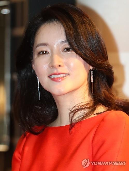 资料图片:演员李英爱(韩联社)