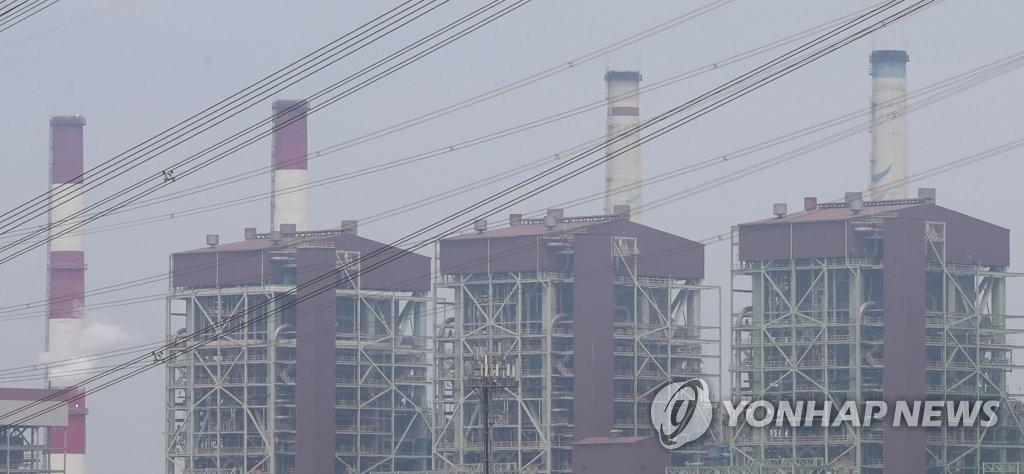 资料图片:火力发电设施(韩联社)