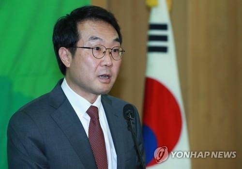韩国外交部半岛和平交涉本部长兼六方会谈韩方首席代表李度勋(韩联社)