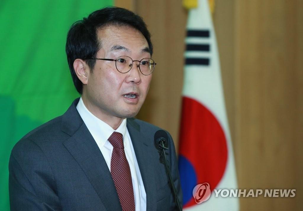 资料图片:韩国外交部半岛和平交涉本部长兼六方会谈韩方首席代表李度勋(韩联社)