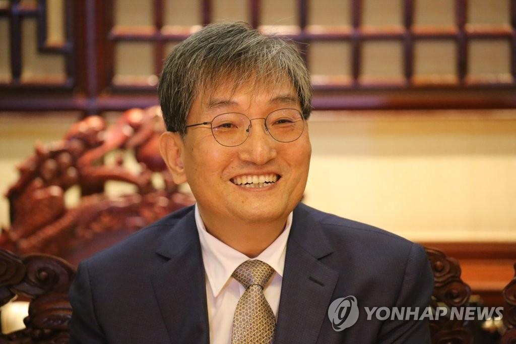 资料图片:韩国驻华大使卢英敏(韩联社)