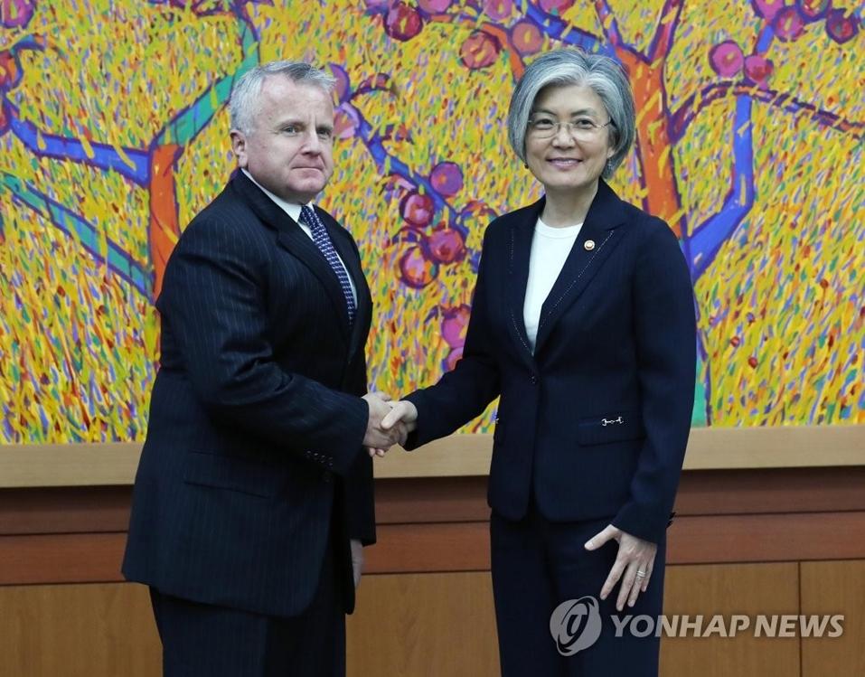 韩外长会美副国务卿 吁美方尽快任命驻韩大使