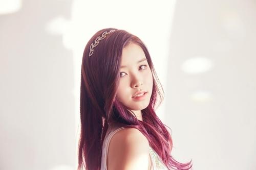 女团gugudan成员SOYEE(韩联社/JELLYFISH娱乐提供)