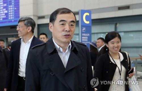 资料图片:10月19日,中国外交部部长助理孔铉佑抵韩访问。(韩联社)