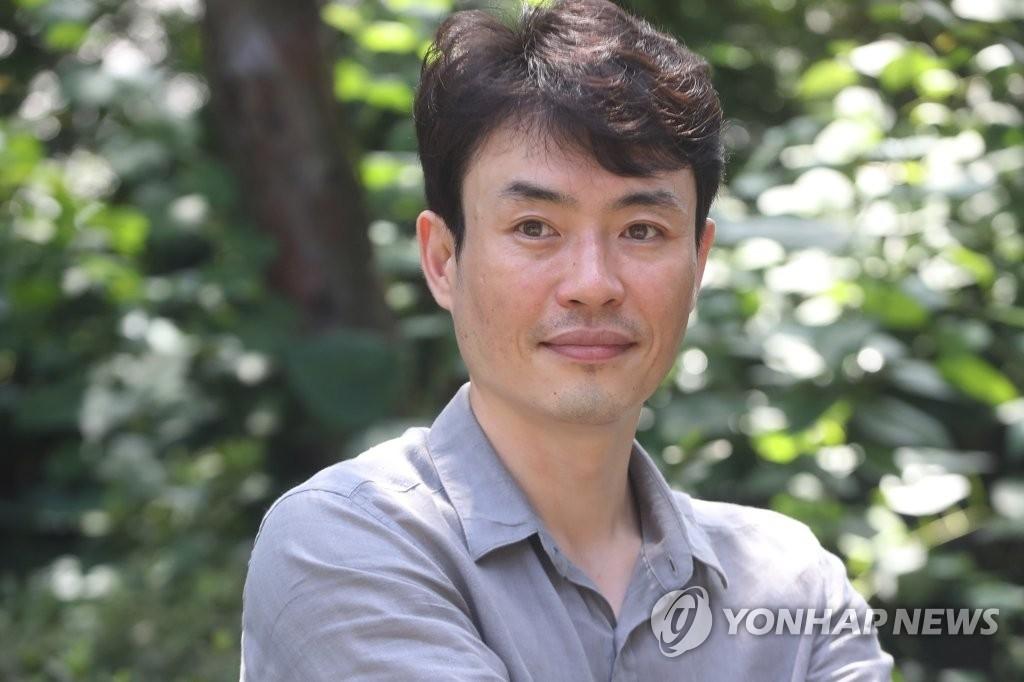 资料图片:韩国导演柳昇完(韩联社)