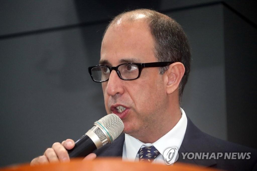 资料图片:联合国朝鲜人权问题特别报告员托马斯•奥赫亚•金塔纳(韩联社)