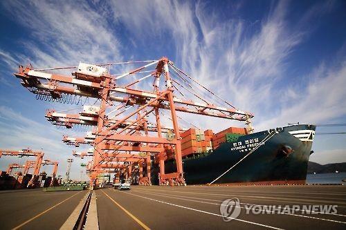 现代商船集装箱船(韩联社/现代商船提供)