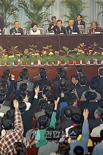 韩国总统近年访华必做三件事