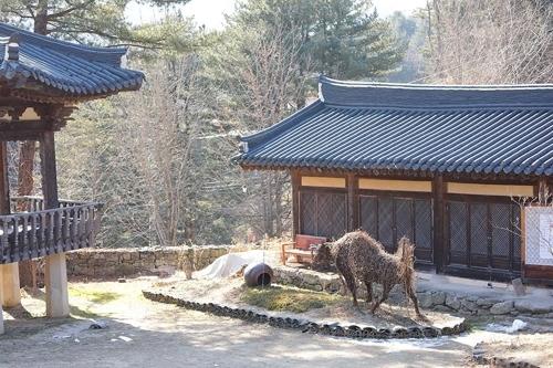 晨静树木园附近的醉翁美术馆(韩联社记者成演在摄)