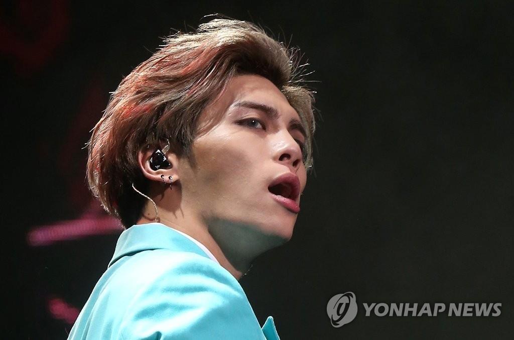 资料图片:SHINee成员钟铉(韩联社)