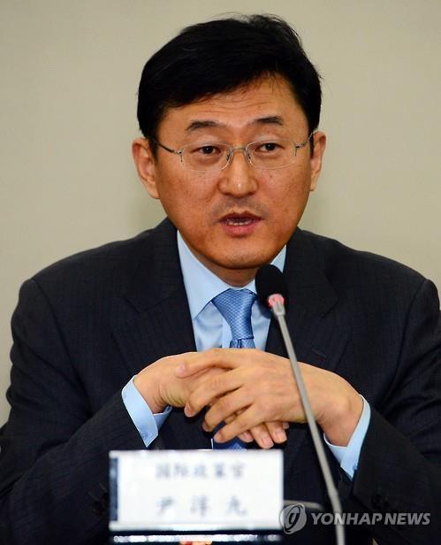 资料图片:外交部次官补尹淳九(韩联社)