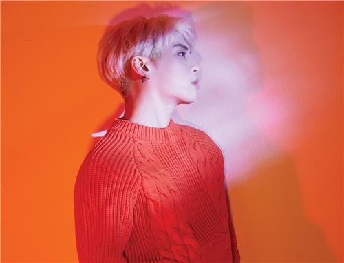 已故歌手SHINee成员钟铉遗作专辑问世