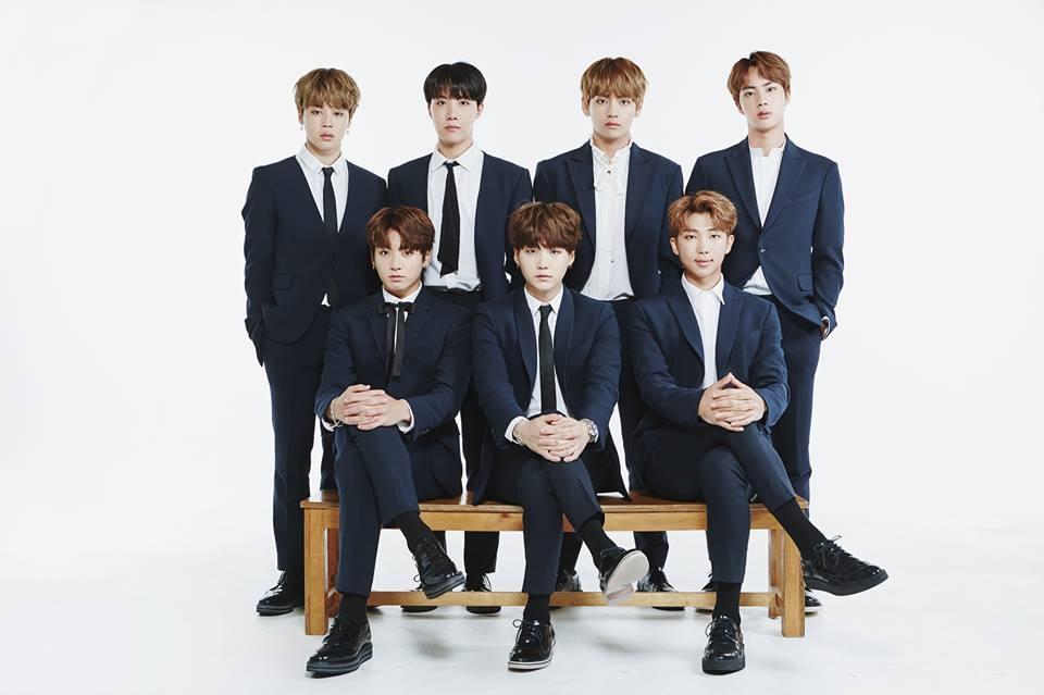 BTS(官方脸谱)