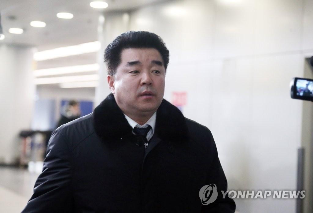 资料图片:朝鲜体育相兼民族奥林匹克委员会主席金日国(韩联社)