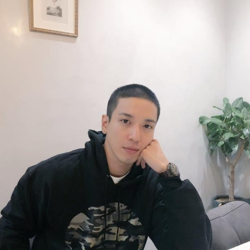 CNBLUE郑容和今将入伍