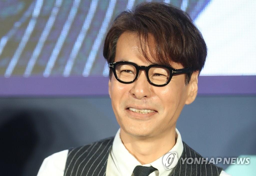资料图片:韩国作曲家尹相(韩联社)