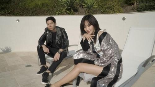 少女时代成员俞利(右)和DJ Raiden(韩联社/SM娱乐提供)