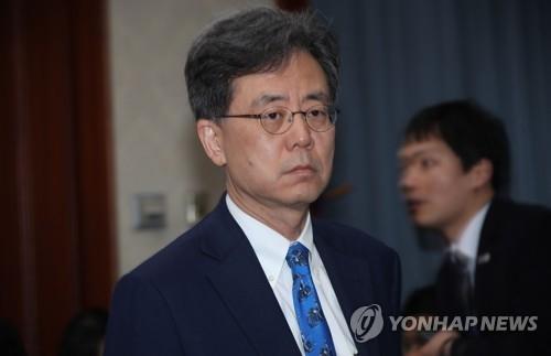 资料图片:韩国通商交涉本部长金铉宗(韩联社)