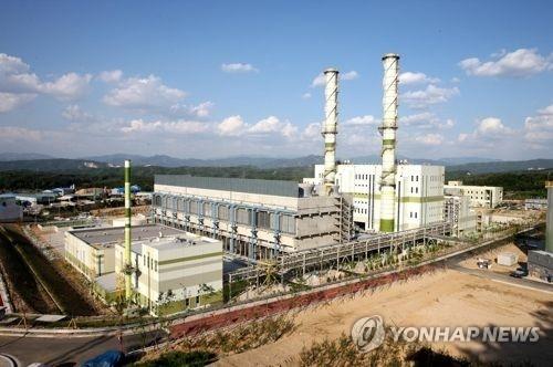 资料图片:抱川综合火力发电厂(韩联社)