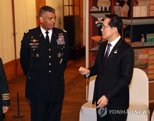 韩美军方:联合空中演习照常进行