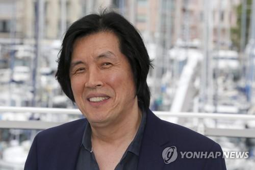 韩导演李沧东:《燃烧》元素丰富仍属惊悚类型