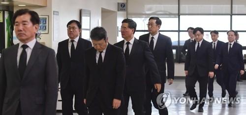 韩政商各界人士纷纷吊唁LG已故会长具本茂 - 3