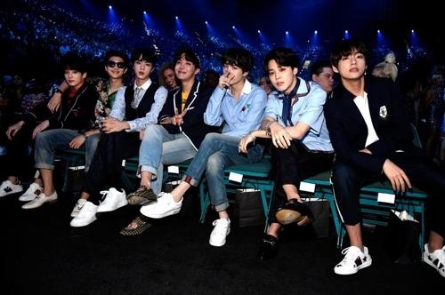 BTS海外人气旺推高韩国直购平台专辑销量