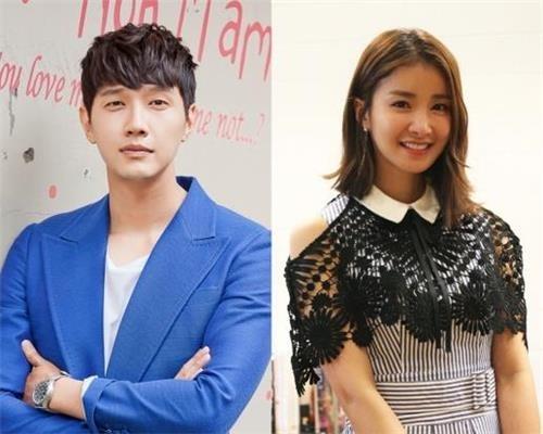 资料图片:池贤宇(左)和李诗英(韩联社/DreamT娱乐和华谊兄弟娱乐提供)