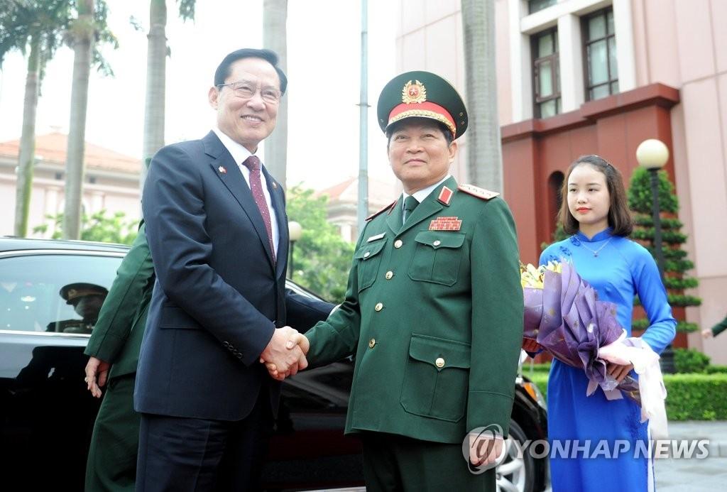 韩越防长会晤谈半岛局势和双边合作