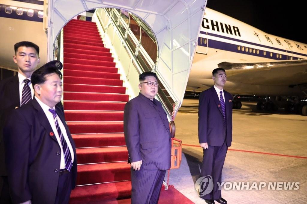 朝鲜租借的两架中国专机返回北京