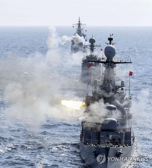 海军第一舰队机动演习(韩联社/海军第一舰队提供)