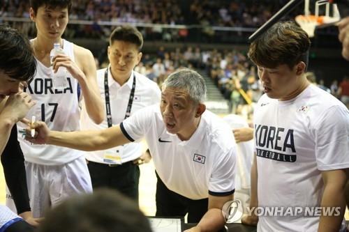 韩男篮主帅:贴身防守克服对华身高劣势