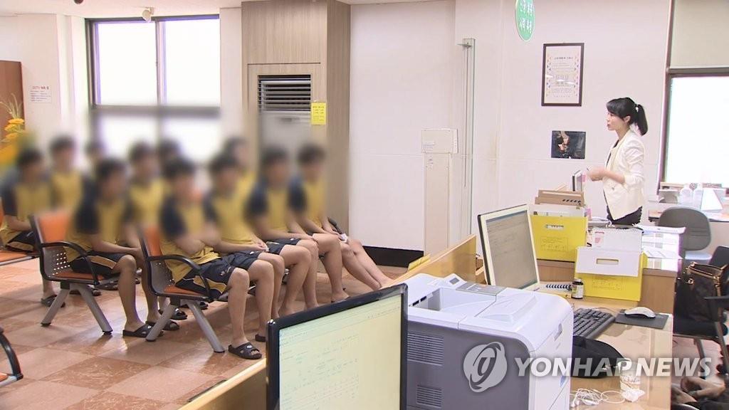 韩去年逃避兵役59例 近四成故意增减体重