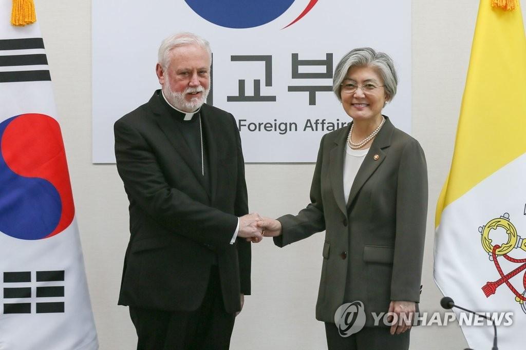 韩梵蒂冈外长:加强合作共推半岛无核化和持久和平
