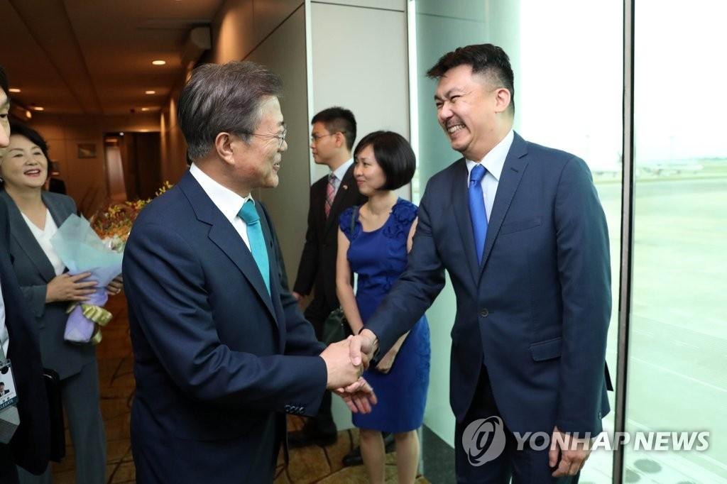 韩国与新加坡签署经贸环保领域6项MOU