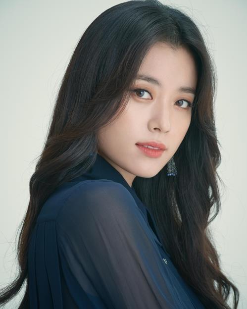 演员韩孝周