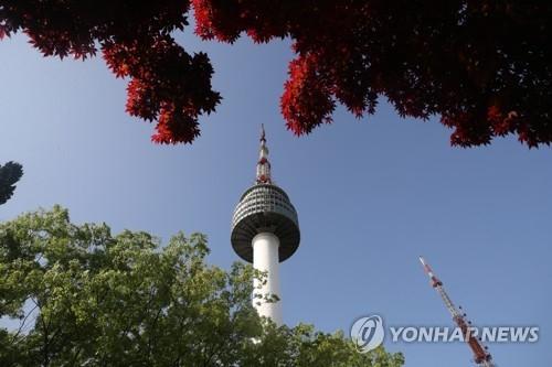 中国游客重返N首尔塔 水晶球畅销