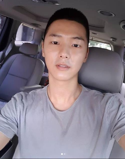 CNBLUE成员姜敏赫(姜敏赫INSTAGRAM)