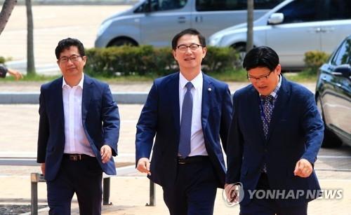 韩统一部副部长赴朝检查失散亲人会面所