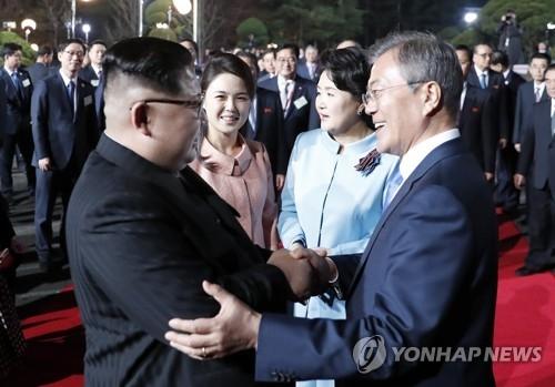 韩青瓦台:韩朝首脑秋季会谈日期未敲定