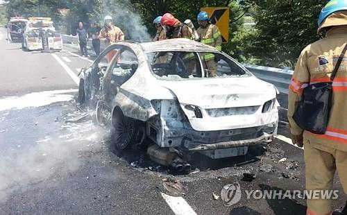 宝马在韩接连失火引爆群诉潮