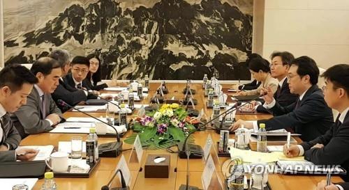 朝核六方会谈韩中团长谈半岛终战宣言
